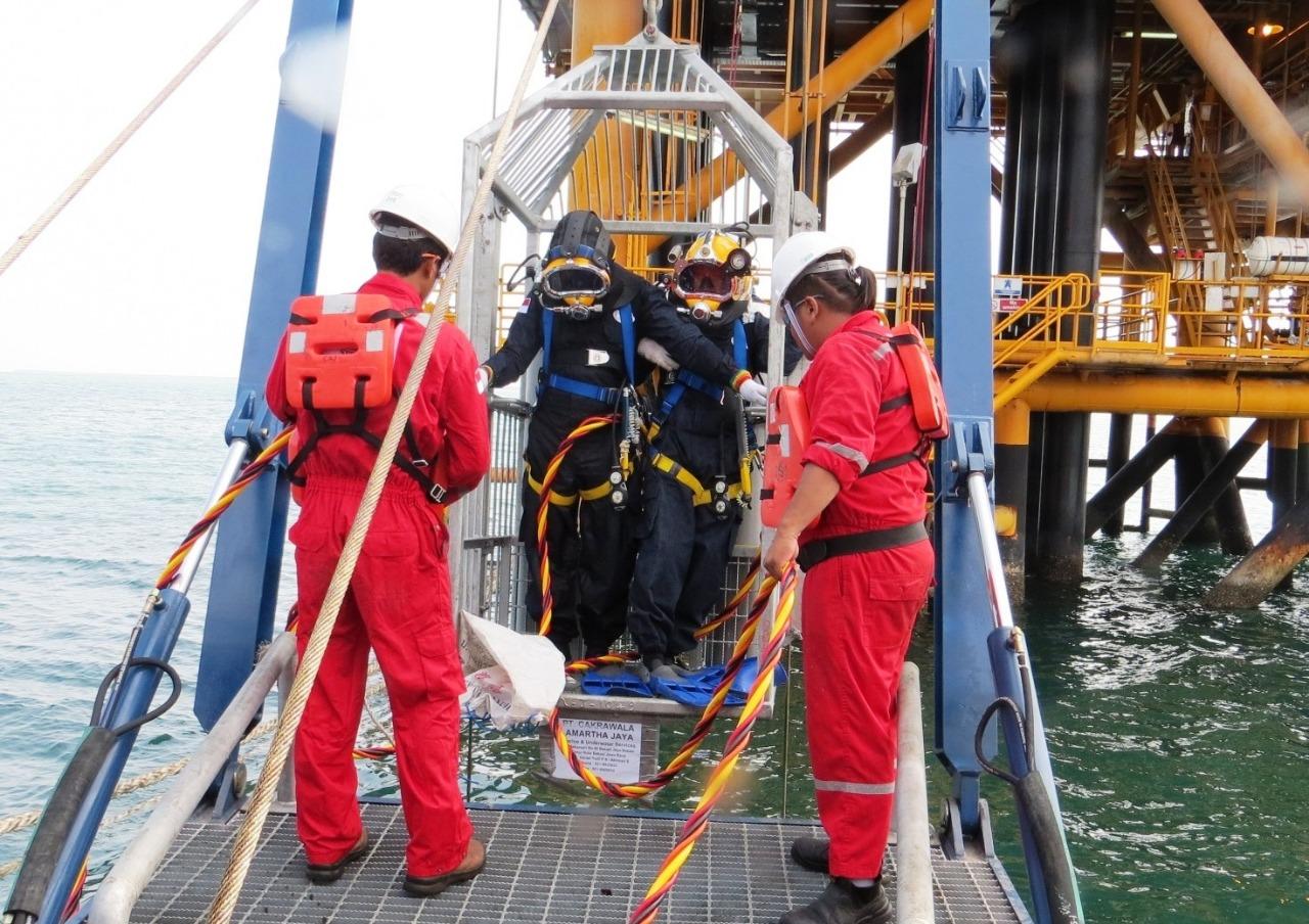 Underwater Repair and Maintenance