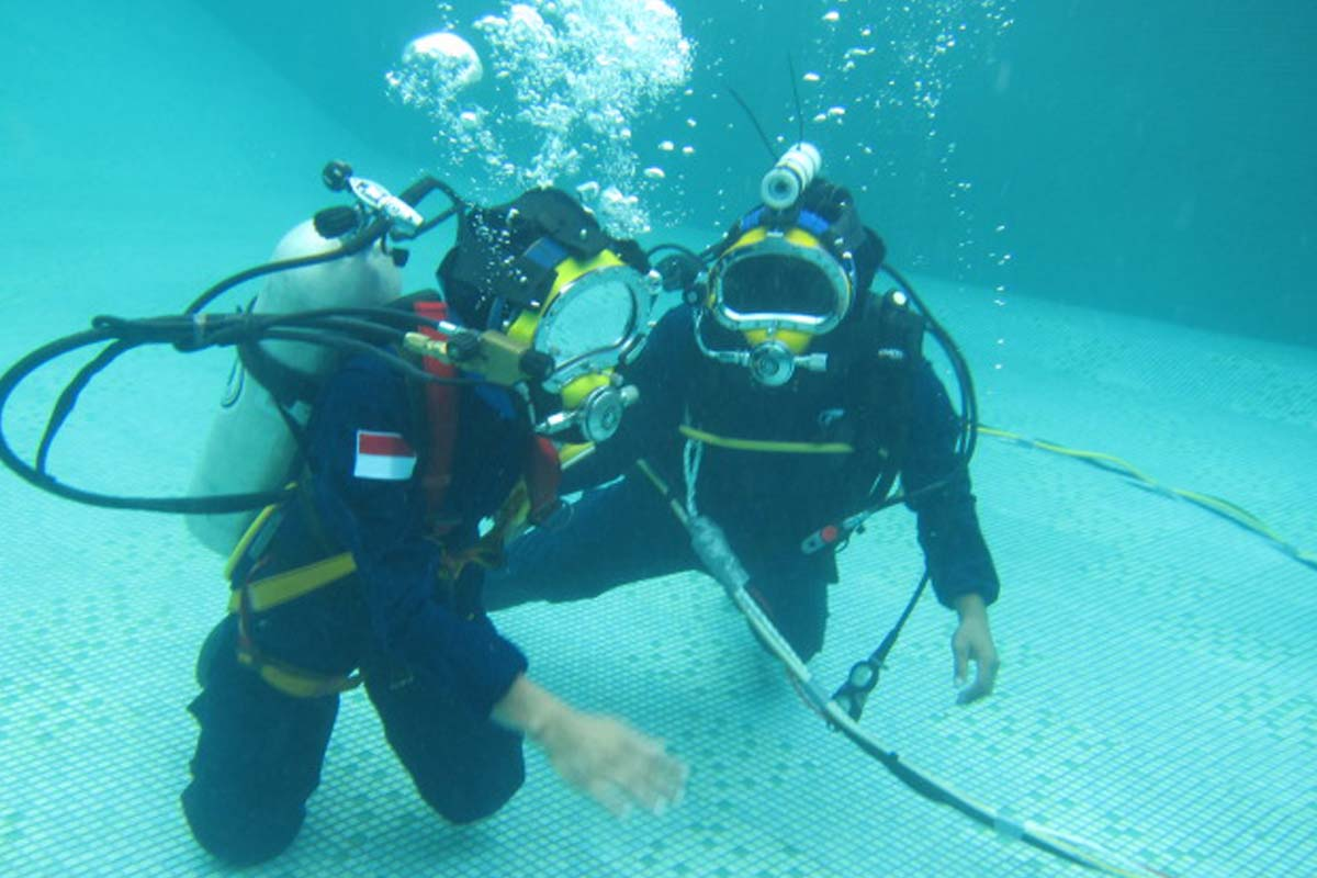Underwater Repairs and Maintenances